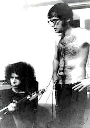 MC5's Wayne KRAMER and producer Jon LANDAU during the USA sessions - Photo : unknown